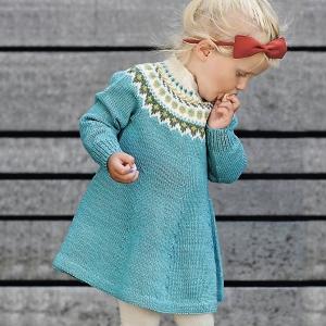 Сарафаны и платья детские вязаные