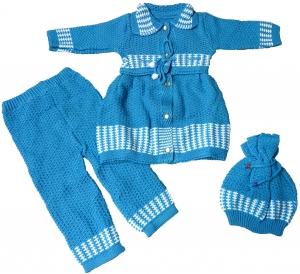 Костюм вязаный для девочки с беретом  до 1 года